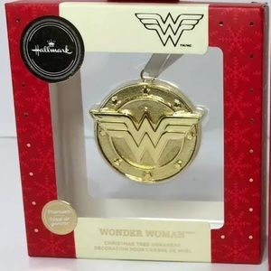 Hallmark Wonder Woman Gold DC Holiday Ornament